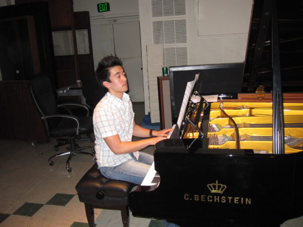 Pianist and Arranger Brian Kim for How I Met Your Mother at East West Studios